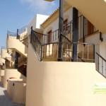 Patio y entradas apartamentos